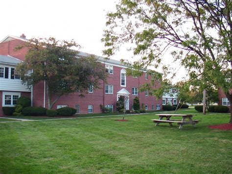 houses for rent in north olmsted ohio north olmsted ohio 2 bedroom condo with garage cleveland roman garden condominiums