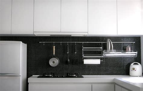kitchen cabinet rail system top 15 kitchen rail systems eatwell101