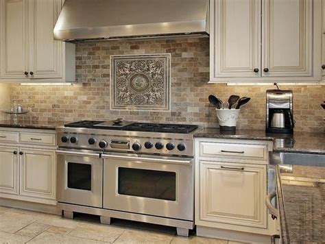 stone backsplashes for kitchens best 25 natural stone backsplash ideas on pinterest stone backsplash stacked stone