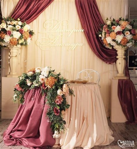Top 20 Luxury Sweetheart Table Decor Ideas   Roses & Rings