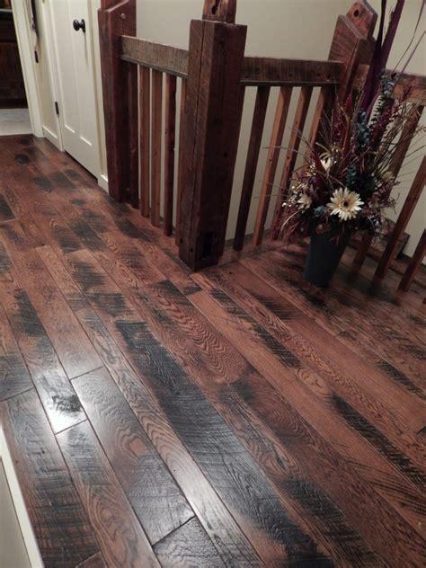 Face Details Balsam Wide Plank Flooring