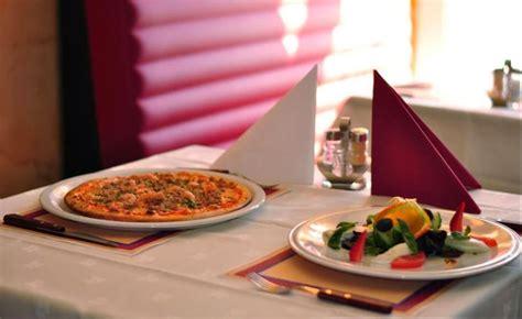 best restaurants in napoli met de dinerbon eten bij restaurant napoli best dinerbon
