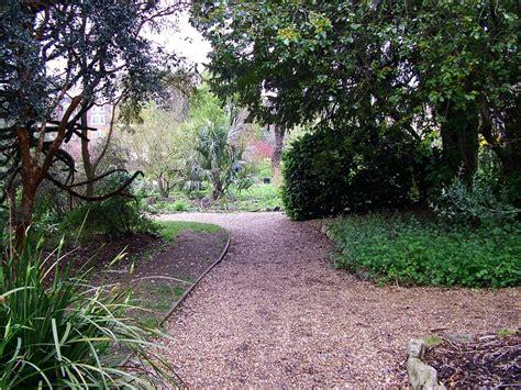 garden paths chelsea physic garden