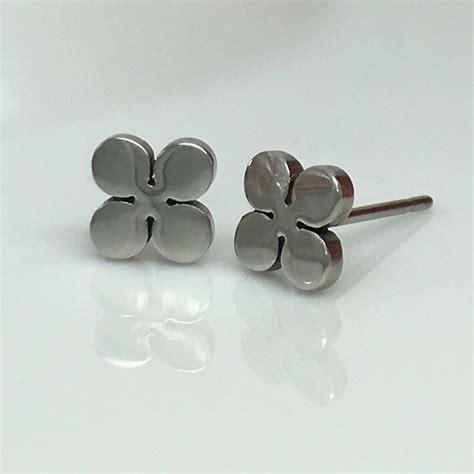 Four Leaf Clover Stud Earring four leaf clover stud earrings luck stud earrings