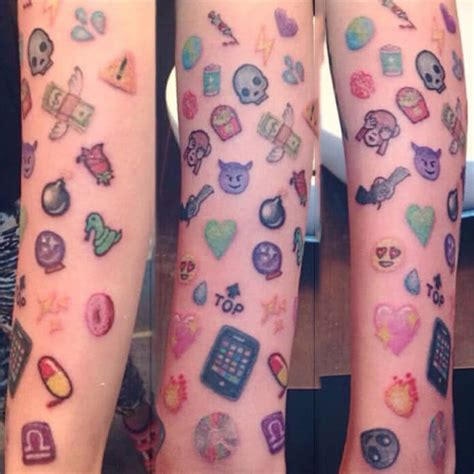emoji tattoo pictures tattoo emoji emojis tattoo vorlagen bilder