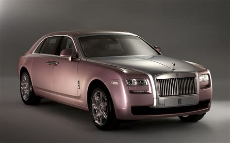 customized rolls royce more than half of rolls royce ghost customers opt for