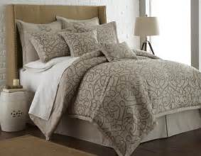 8 jacquard comforter set