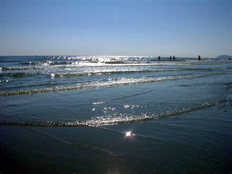 porto di mare riccione fotogallery camere hotel tre stelle sulla spiaggia sul
