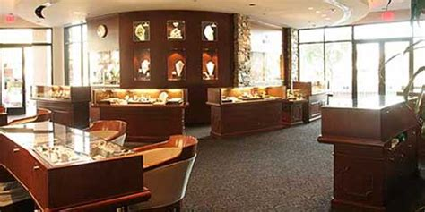 Jewellery Shop Decorating Ideas Trends Silver And Gold Brilliant Jewelry Store Design And Decor Trends Our Business News