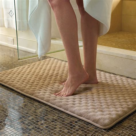 how to clean memory foam rug indulgence memory foam bath rug traditional bath mats by frontgate