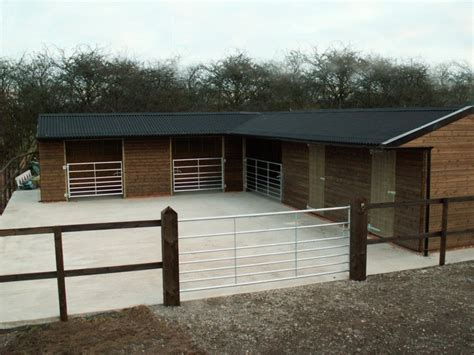 Stable Design Ideas by Stables Mobile Stables Field Shelters Timber Stables From Woodhouse Stables