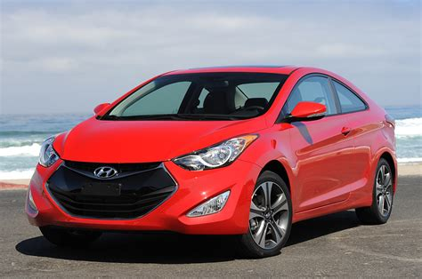 2013 hyundai elantra coupe spin photo gallery