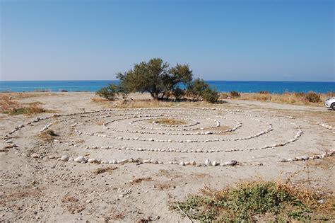 sedute sataniche ribera sedute sataniche sulla spiaggia di piana grande