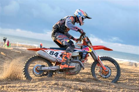 redbull motocross hurlings wins red bull knock out 2016 visordown