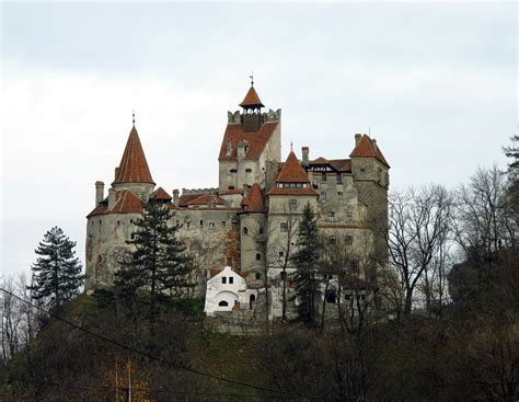 bran castle 301 moved permanently
