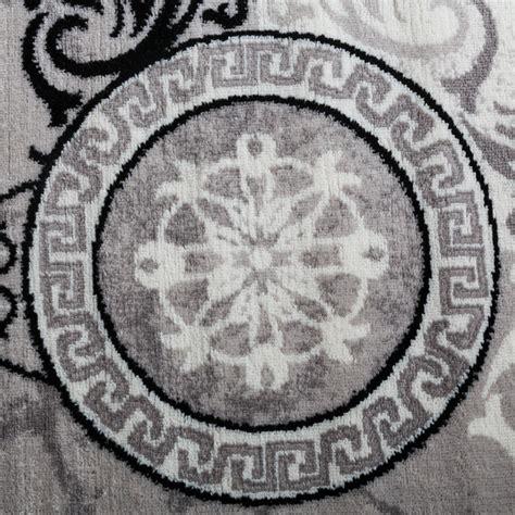 teppich schwarz designer teppich modern meliert floral mit versace muster