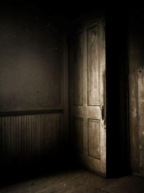 rooms doors horror kompletlsung knock three times part three the half ginger