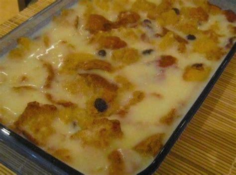 old fashioned vanilla bread pudding with blackberries recipe dishmaps