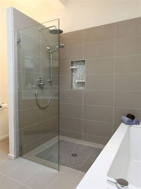 large bathroom tiles border around the mosaic floor tiles large rectangular