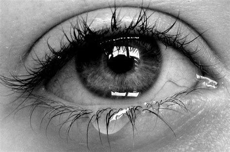 the crying eye girl sad crying cry tear pmf1204