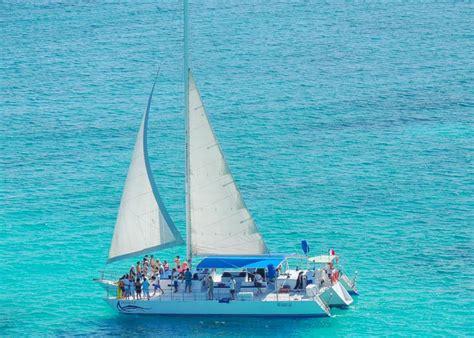 catamaran cancun to isla mujeres sailing tour to isla mujeres from cancun isla mujeres tours