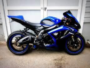 Suzuki Gsxr K7 600 Gsxr 600 K7 Me Bikes