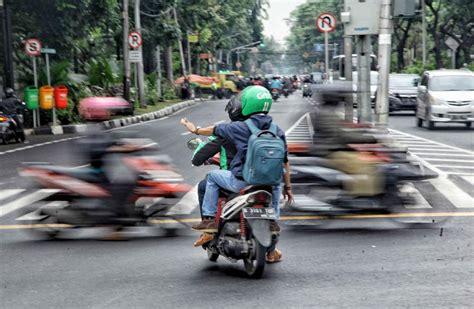 jenis pelanggaran  lintas  tertangkap tilang cctv