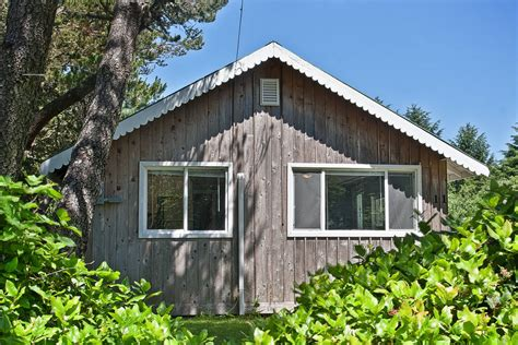 Cabin Rentals Shores Wa by Ten Pines Cottage Vacation Rental Cottage Shores