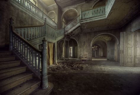 abandoned world abandoned buildings stories frozen in time 5 minute