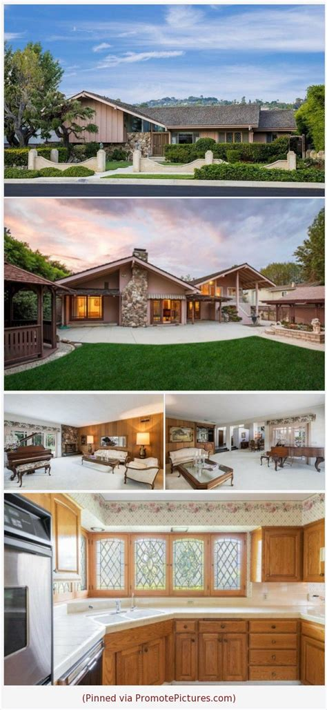 architecture art   brady bunch house