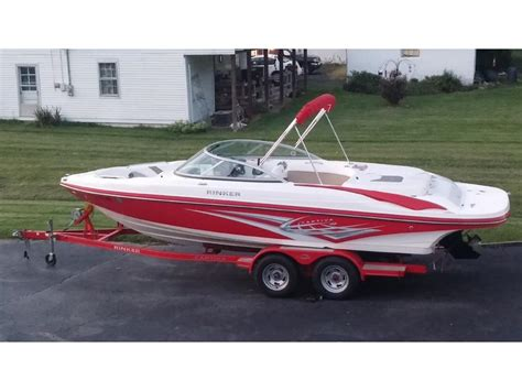 rinker boats for sale in kentucky rinker new and used boats for sale in kentucky