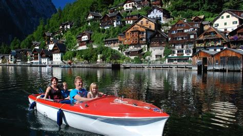ta boat rentals with captain ahoi im welterbe 187 your holiday in hallstatt austria