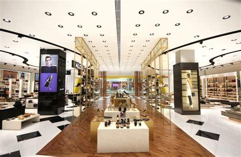 layout of yas mall shoe gallery at yas mall by mynt design abu dhabi uae