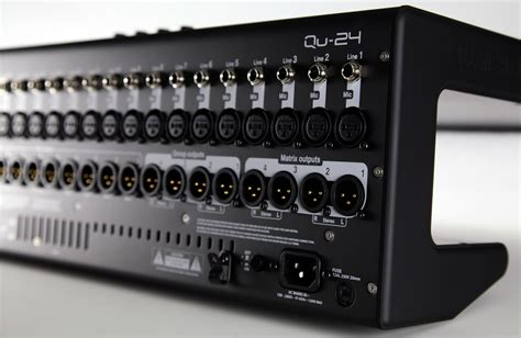 Mixer Allen Heath Qu24 allen heath qu 24 30in 24out digital mixer qu24