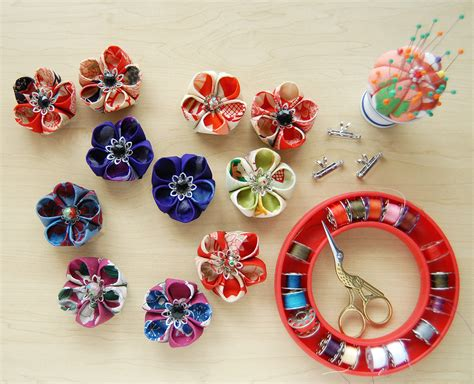 how to make kanzashi how to make japanese quot kanzashi quot style flower brooches and more