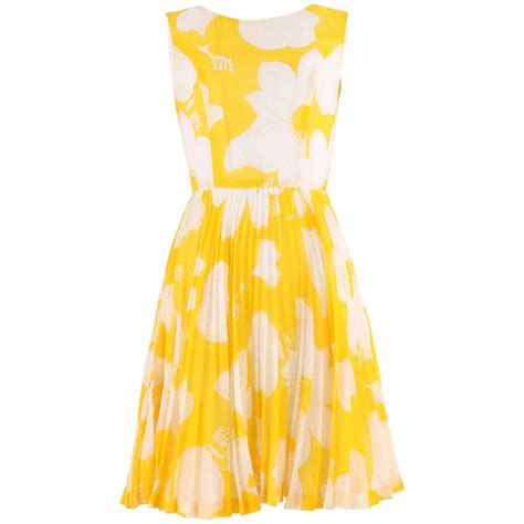 Id Flower Print Dress 1960 s yellow and ivory flower print dress size 6