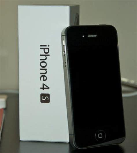 Iphone 4s 16gb Black White Original Garansi 1th apple iphone 4s 32gb factory unlocked white black 400 00usd unit offer 303