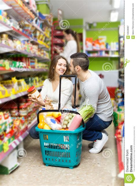 Couples Store Near Me At The Grocery Store Stock Photo Image 63528087
