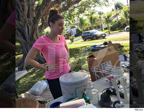 Florida Today Garage Sales by Casey Anthony Yard Barker Tmz