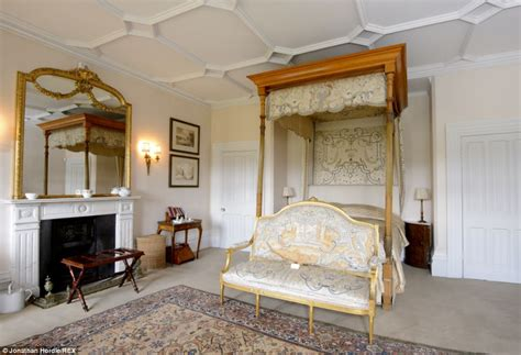 how many bedrooms in highclere castle want to see inside the real downton abbey from grandiose