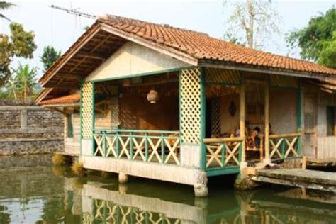 sewa villa  cisaat murah bagus kolam renang fasilitas