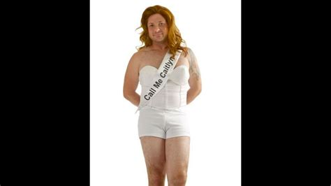 Vanity Fair Europe What S Wrong With Caitlyn Jenner Halloween Costume Cnn