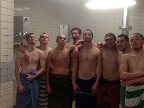 Guys Showering by Boys In Shower Pictures Free