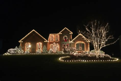 where can we see christmas lights on houses in alpharetta must see light displays in northeast ohio