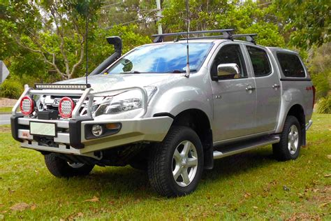 isuzu dmax lifted isuzu d max dual cab silver 47245 superior customer vehicles