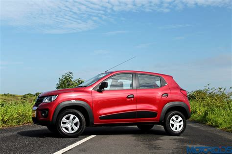 renault kwid review small motoroids