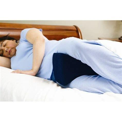 Pillow Knees While Sleeping - knee pillow p104 00 bed sleeping seperate back leg