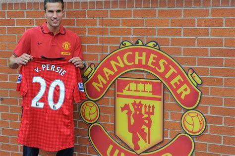 Kaos Bola Sergio Aguero 10 baju kaos replika sepakbola terlaris di dunia bisnis