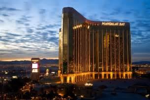 las vegas hotels mandalay bay mandalay bay hotel casino las vegas travel guide