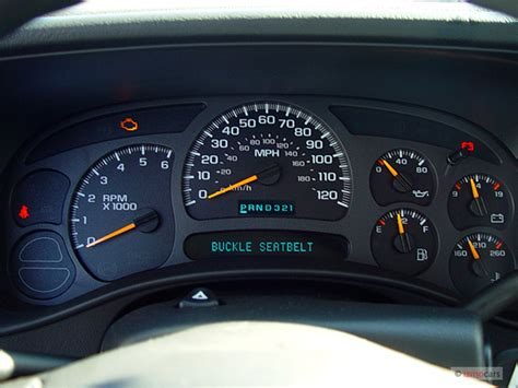 how does cars work 2005 chevrolet classic instrument cluster image 2005 chevrolet silverado 1500 reg cab 133 0 quot wb work truck instrument cluster size 640